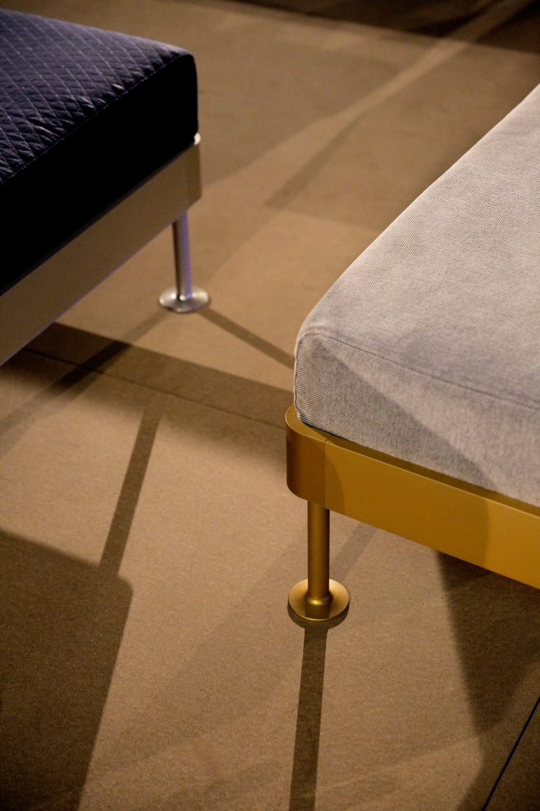 IKEA_today_DELAKTIG_platform_gold.jpg