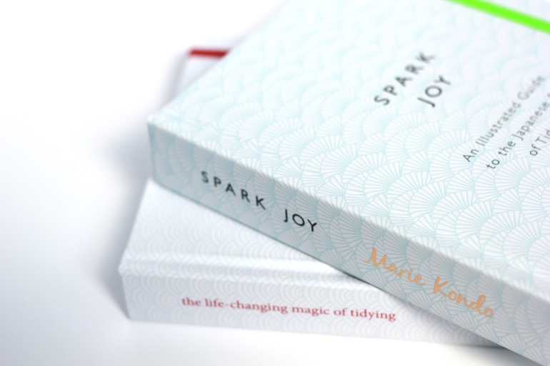 Spark Joy Marie Kondo Review Iga Berry Lifestyle blogger The life changing magic of tidying