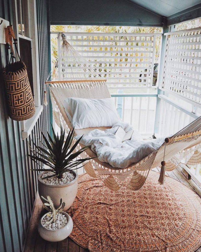 hammock-817x1024